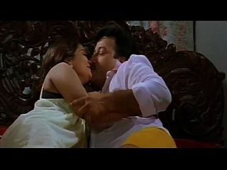 حار قبلة رومانسية مشاهد