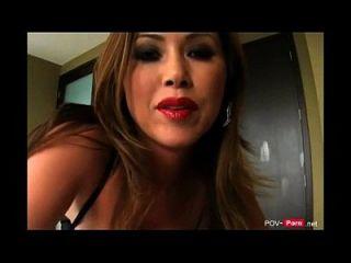 ساخنة و أقرن أسد امريكي زوجة زوجة يغوي لها ستيبسون إلى ديك جنس بوف porn.net