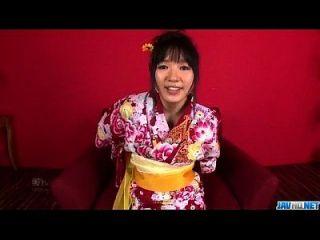 تشيهارو يتوق إلى جيز لتغطية كامل لها كس والحمار
