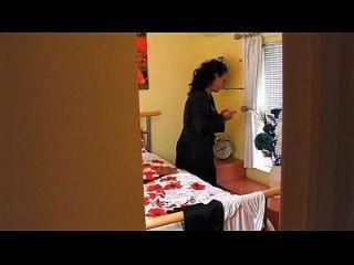 التجسس عمة أكثر على www.69sexlive.com