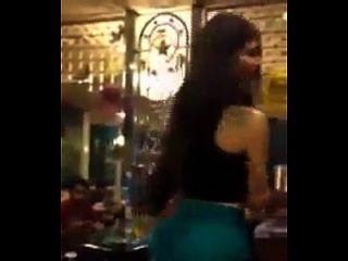 ليبانيز، إمرأة متزوجة، الرقص، إلى داخل، ال التعريف، كوفي شوب