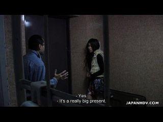 سلوتي الحمار الآسيوية فتاة لديها عصابة قرع الجلسة