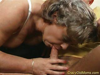 أمي القديمة مجنون يحصل الجنس الديك مارس الجنس ومكتب اللسان
