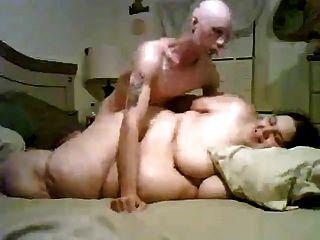 الرجل النحيف سخيف له سوبر الدهون الحجم BBW السابقين صديقة