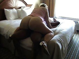 زوجة الساخنة الديك الأسود 2