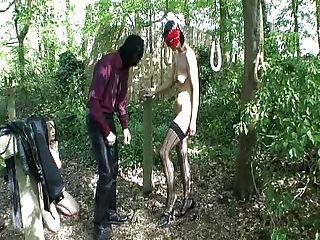 الماجستير و 2 العبيد تلعب بها الأبواب ... بي ام دبليو