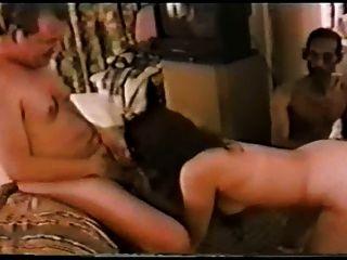 يتمتع زوج يشاهد زوجته تلعب مع [بكس] PF1