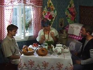selskie الاباحية البلاد الروسية kanikuly 1 من 4