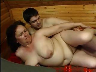 الشرج الجدة وصبي