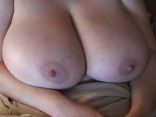 وجبهة مورو أحمر الشعر BBW مع ضخمة الثدي
