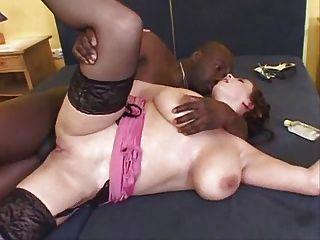 الشرج وكبير الثدي