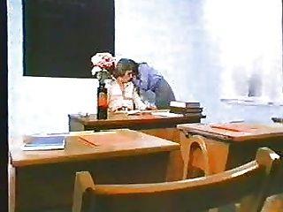 تلميذة الجنس جون ليندسي لفيلم 1970s إعادة مرفوع مع بي إس دي الصوت