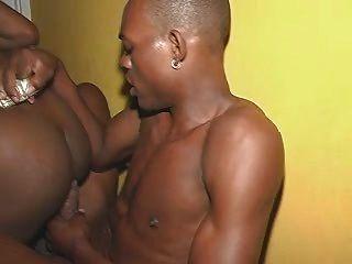 كتكوت الجامايكي مارس الجنس من الصعب جدا