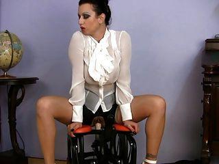 مفلس جبهة مورو الملبس المعلم الجنس ركوب آلة الجنس