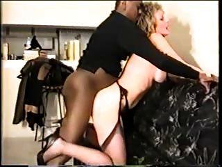 زوجة ناضجة يحب الديوك السوداء