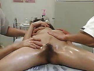 SPYCAM تدليك منتجع صحي الجنس جزء 2