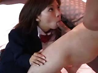 مثير اليابانية ميساكي فتاة تمتص الديك dm720
