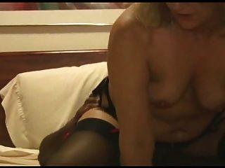 زوجة الساخنة يأخذ على غرفة تغص بهم لبعل