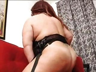منفردا BBW امرأة ناضجة مع كبير الثدي
