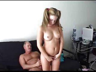 بابا يعاقب ليس ابنة زوجته