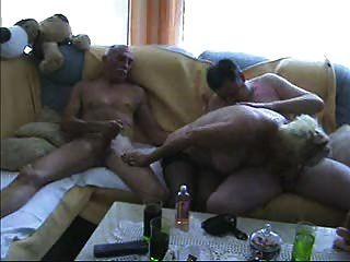 متعة bisex الهواة