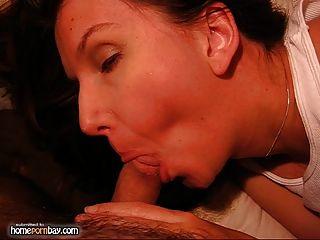 الجنس الشرجي مع زوجته الحامل