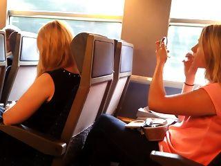 فلاش في القطار