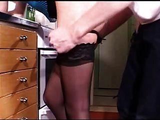 الشباب شقراء مارس الجنس في المطبخ CSM