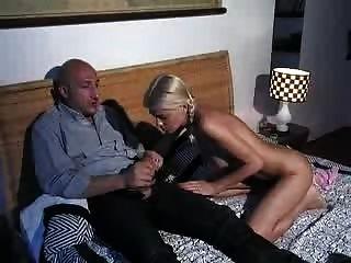 الإعلام والتوعية ه ميا figlia scene2 jasminemontero jk1690