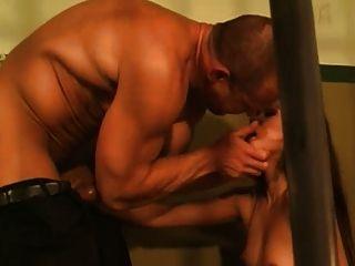 ماوي صابرين مارس الجنس في السجن