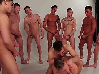 الأولاد مثلي الجنس مجموعة عصابة بانج twinks 2 jungs schwule