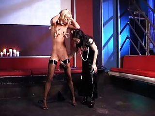 عشيقة الألمانية والعبد الصغير فتاة 2