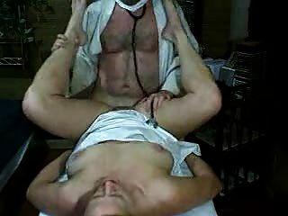 النساء قرنية يحصل مارس الجنس من قبل الطبيب
