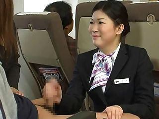مضيفة اليابانية HANDJOB رقابة