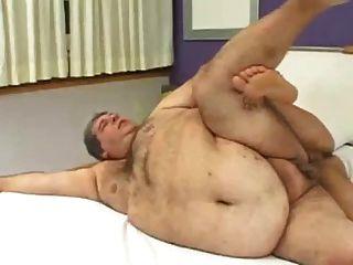 كيف يمارس الجنس رجلا سمينا