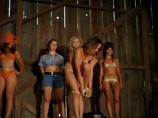 النساء تجريد على خشبة المسرح 1972