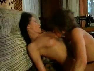 خياطة كاتفيغت على ممارسة الجنس من قبل العملاء مثليه