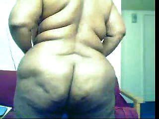 امرأة سوداء الدهون على كام