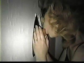 تيفاني وقحة في حفرة المجد 02