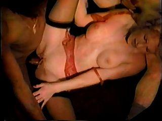 ليلى مارلين، ملك بول sexpress الشرقي (غرام 2)