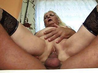 الدهون الجدة شقراء (الألمانية)