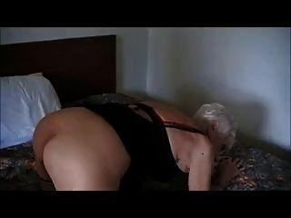 90 سنة.جدة القديمة مارس الجنس في أحد الفنادق