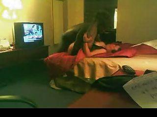 BBW الأبيض الملاعين عاشق الأسود في غرفة الفندق