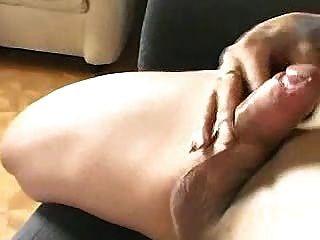 ترانزيستور wanking على الأريكة