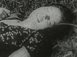 الاباحية خمر قديمة جدا (1910)