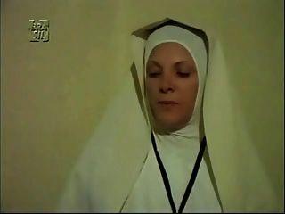 المشهد gyno في فيلم أجنبي