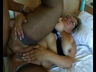 BBW الجدة مع كبير الثدي في الشرج الثابت