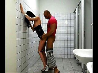 مؤتمر نزع السلاح مذهلة مارس الجنس في الحمام العام