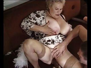 الجدة # 4 من chocholo