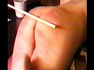 امرأة ضرب بالعصا ثم مارس الجنس مع حزام على